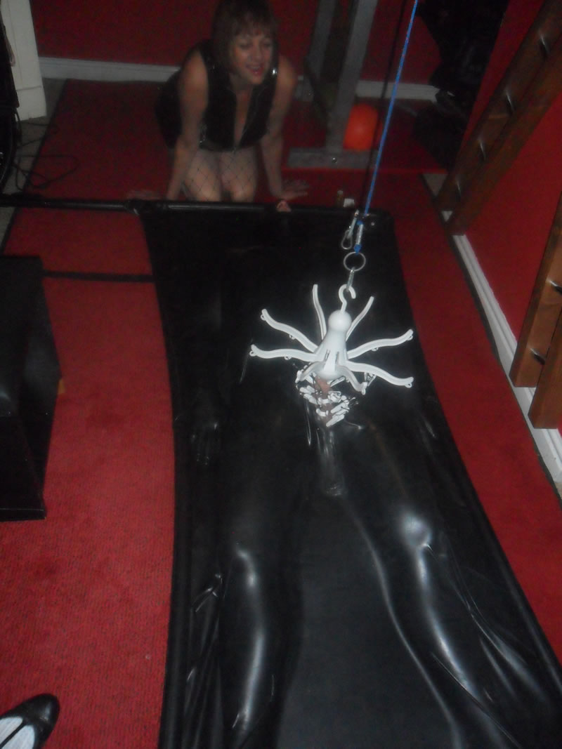 cheshiremistress20140919012v26
