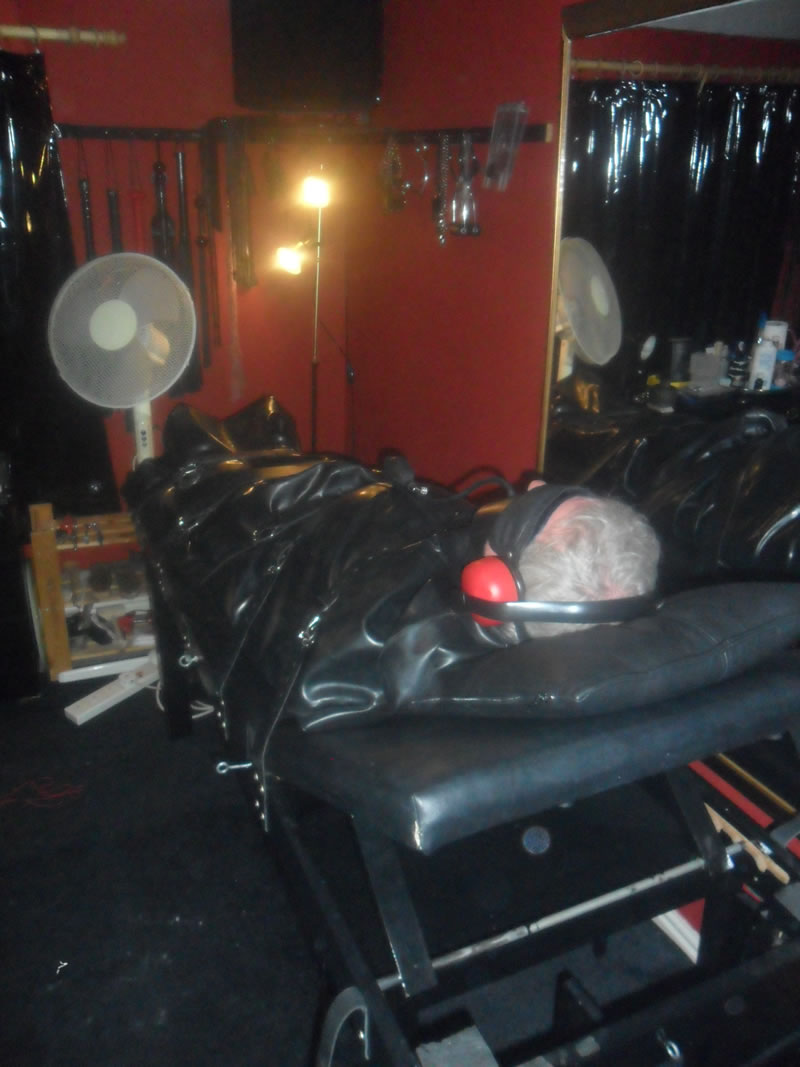 cheshiremistress20140923024v26